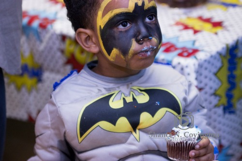 perfect picture of little boy dressed as batman 2