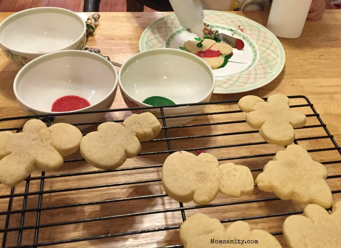 Decorating Christmas cookies with a preschooler